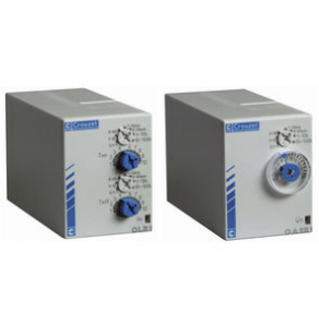 Time delay relay / plug-in - 0.1 s - 1 h, 10 A | OUR, PUR series