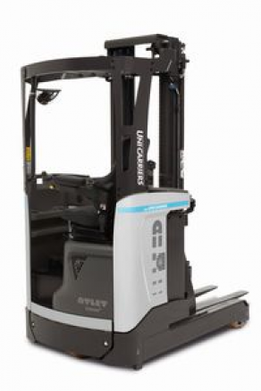 Electric sit-on reach truck - 1 200 - 1 400 kg | TERGO ULS series
